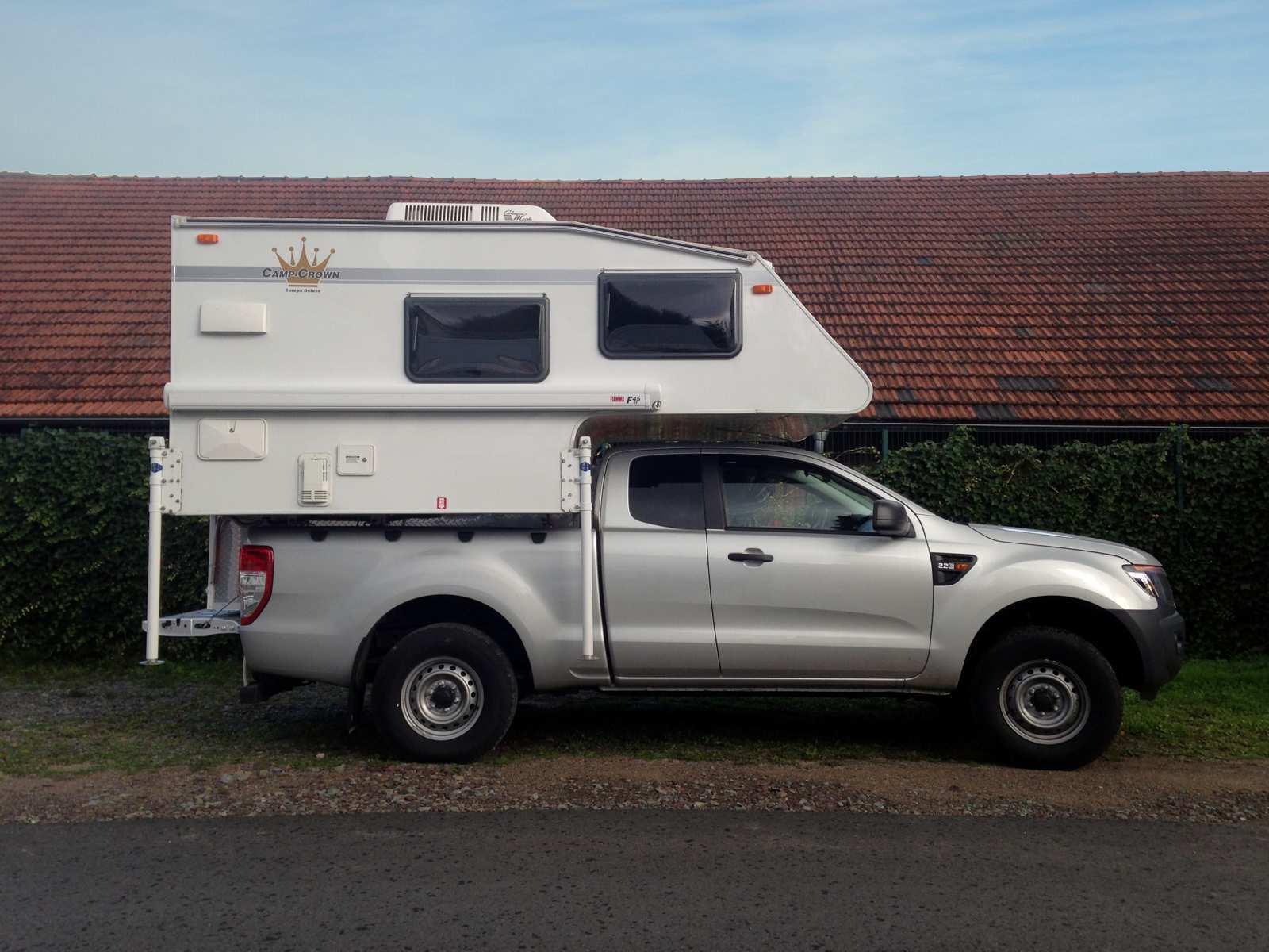 Ford Ranger XLT Extrakabine mit Camp-Crown Europa Deluxe